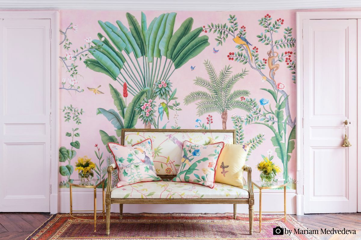 Tapet de Gournay - 'Amazonia' - hand painted wallpaper. Photo by Mariam Medvedeva